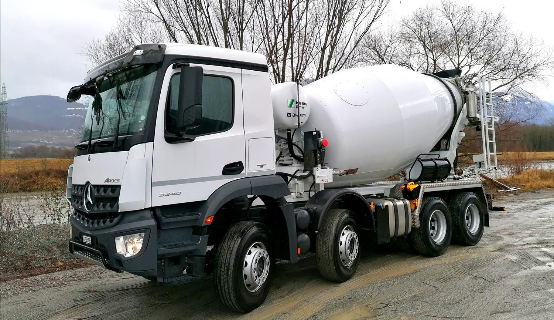 Camion de transport de béton