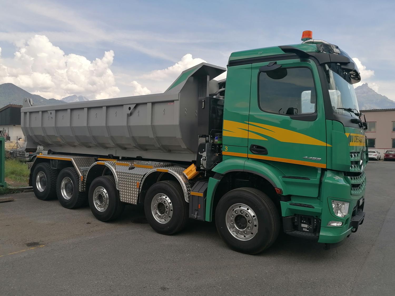 Camion de transport de fournitures