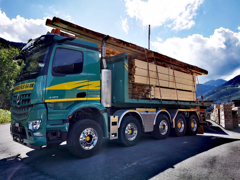 Camion 5 essieux de transport en tout genre